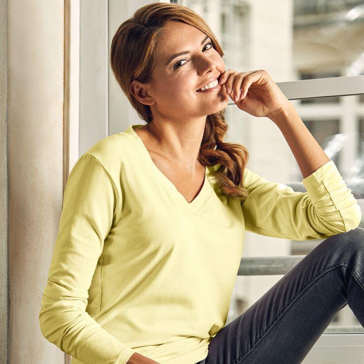 Wellness V-Ausschnitt Langarmshirt Damen